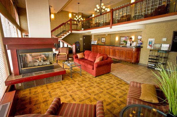Best Western Plus Baker Street Inn Lobby