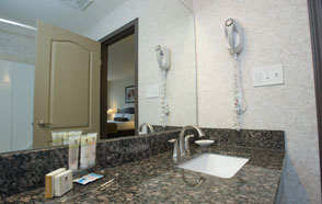 Jacuzzi Suite - BEST WESTERN PLUS Baker Street Inn